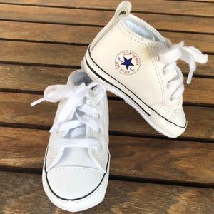 Converse Chuck Taylor first star sneakers size 3